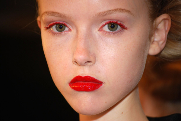 red lipstick red eyeliner makeup nyfw trend
