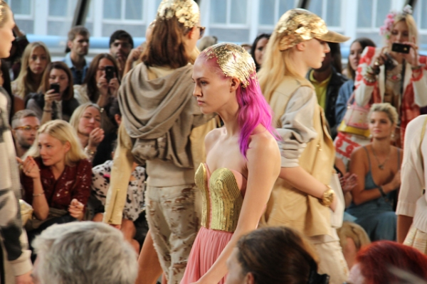 pink & gold hair LFW