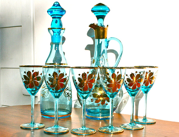 romanian-glass-decanter-set