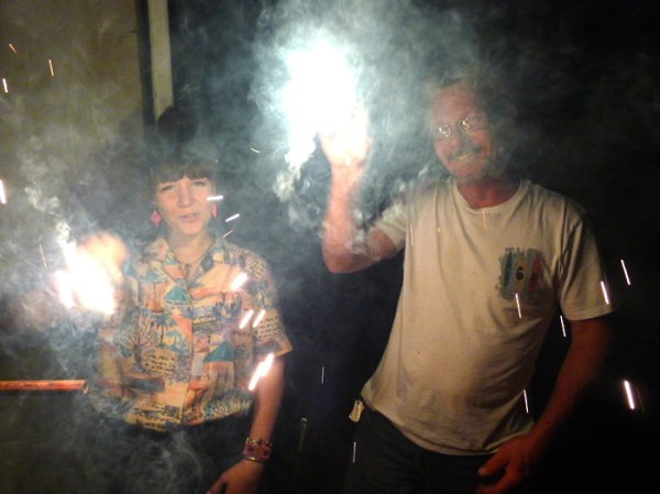 sparklers summer dad