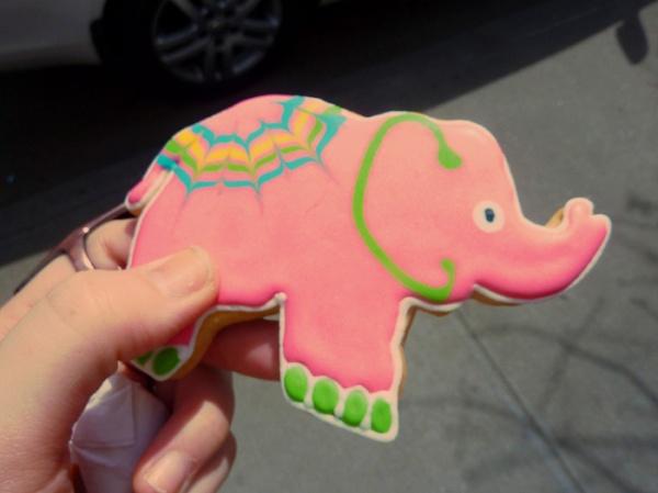 pink elephant cookie