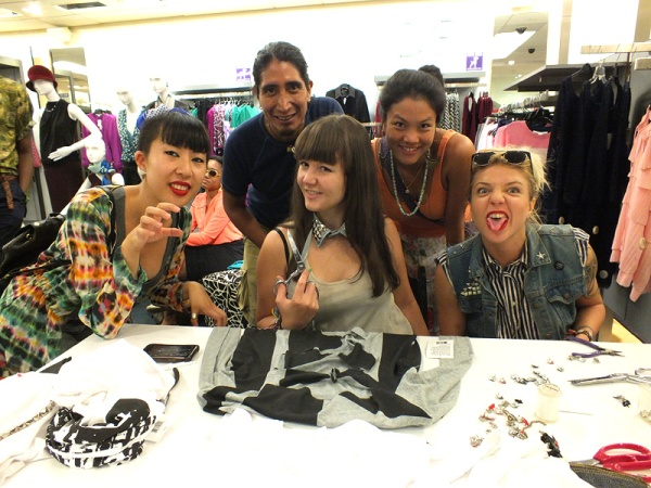 FNO fashion's night out nyfw bloomingdales