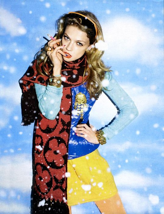 chet-vogue-russia-snow-bunnies (7)