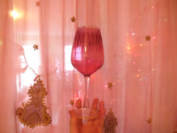 pink wine glass boho moroccan (1)
