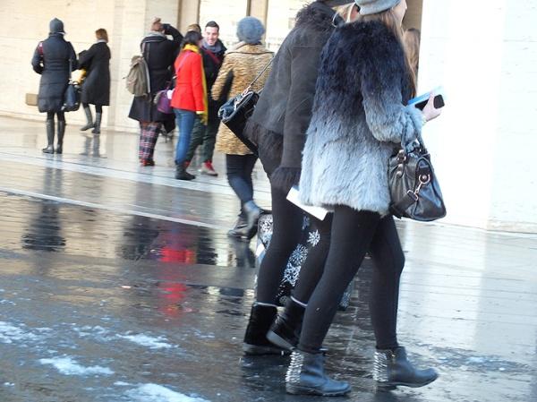 nyfw-faux-fur-street-style-nemo-snow (6)