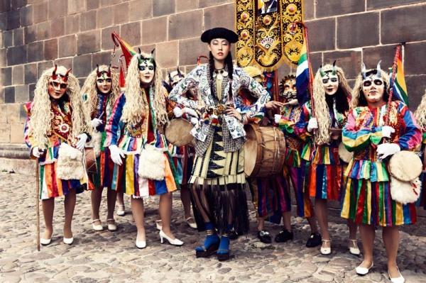 HanHyeJinVK01 The Colors Of Peru (1)